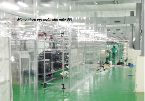 màng nhựa pvc ngăn khu máy dệt